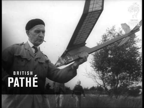 Model Aeroplane Display In Holland (1962)