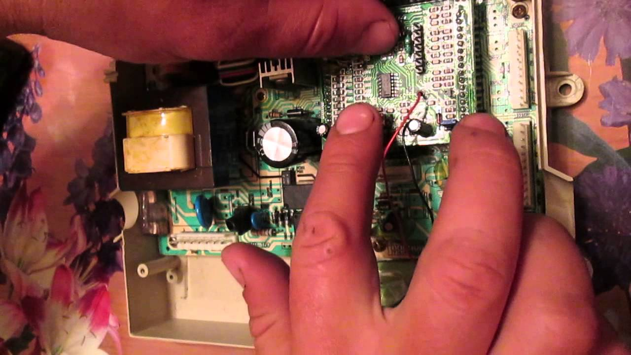 Электродный котел АЛГО в паре с газовым котлом Viessmann. Видео .