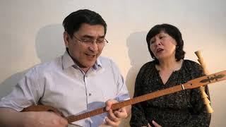 """Песня """"Катюша"""" на хакасском языке в сопровождении двуструнного хомыса. Домашний дуэт на дому."""