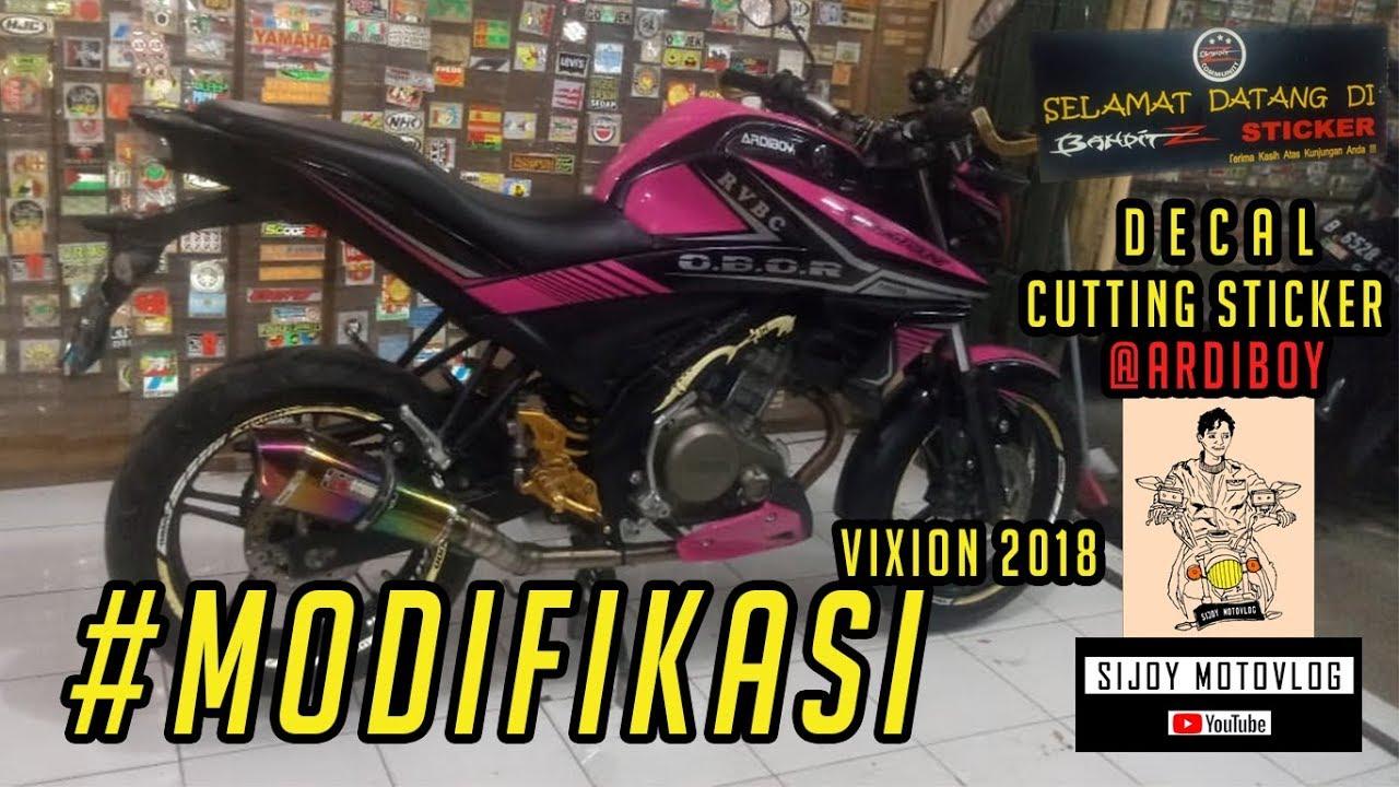 Modifikasi Pasang Sticker Cutting Decal Yamaha Vixion 2018 Keren Black Pink By Ardiboy Youtube