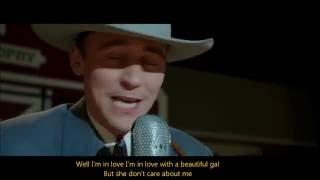 Gambar cover Tom Hiddleston sings Lovesick Blues -I Saw The Light- (ENG sub video+Lyrics)
