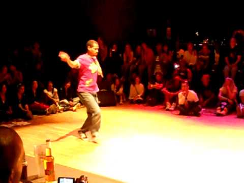 Marabout vs Stew @ Soul Session Ext 2010 popping (semi finals)