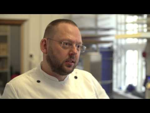Chefkonditor Lars Juul fra La Glace fortæller om sommerens lækre is og kager