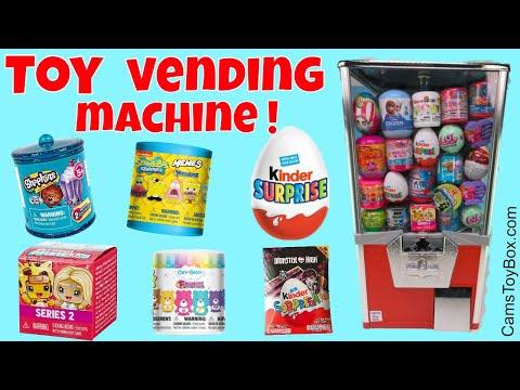 Toy Vending Machine Surprises Kinder Egg...