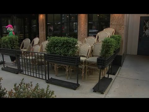 Coronavirus Illinois | Restaurants Can Open Outdoor Dining In Next Phase Of Reopening, Pritzker Says