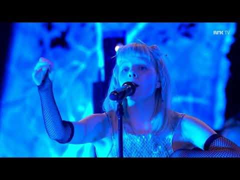 AURORA - Lucky (Live at Nidarosdomen)