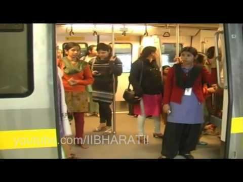 Delhi Metro Ladies Coach - Action On Male Passengers...Every Girl Should Watch It