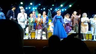 Мюзикл Леди Совершенство с Нонной Гришаевой  25.09.2016  Поклоны и финальная песня