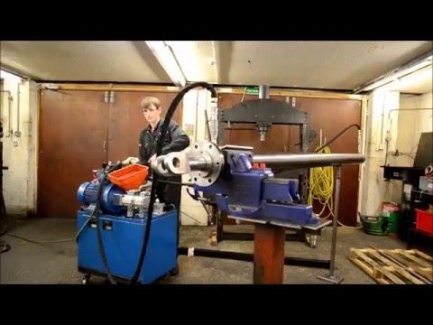 Testing A Big Hydraulic Cylinder Youtube