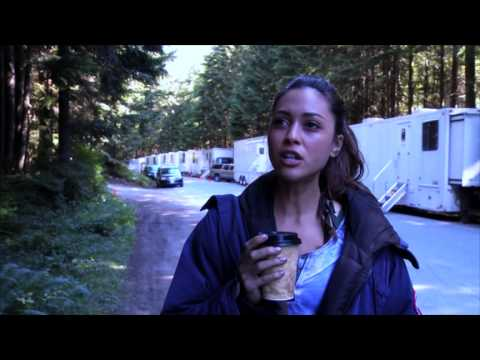 EXCLUSIVE! 'The 100' Author Kass Morgan s Lindsey Morgan