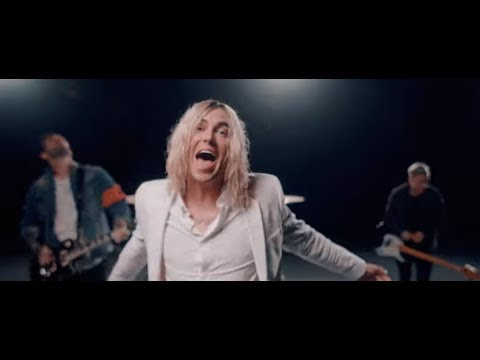 """Sleeping With Sirens new song/video for """"Leave It All Behind"""" off """"How It Feels To Be Lost"""""""
