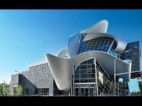 Top Tourist Attractions in Edmonton: Alberta Travel Guide