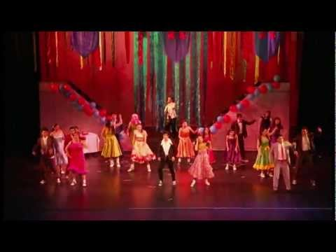 GREASE MUSICAL - GIMNASIO FONTANA PART 3
