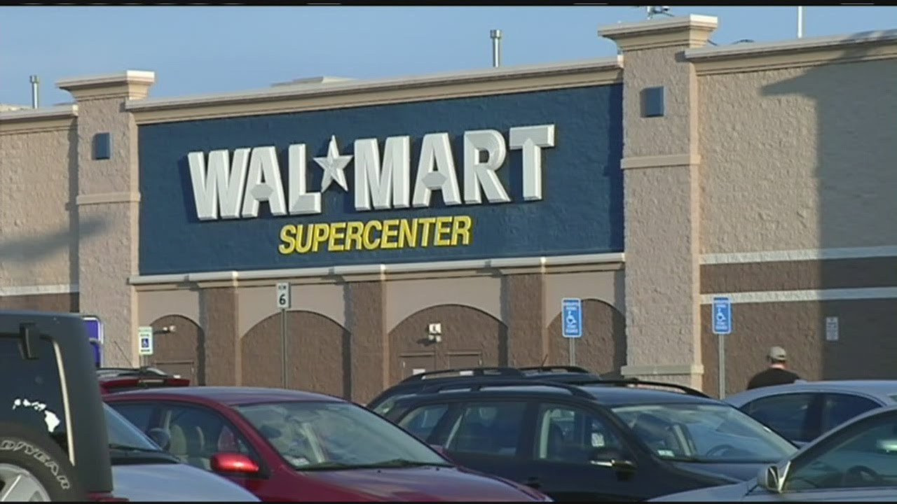 cons of wal mart The economic impact of walmart walmart just happens to come in clunky chunks of floorspace that are large enough to cause a visible transfer of jobs.