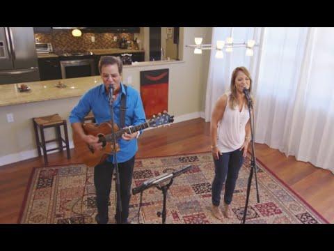 Ben and Maila - Stuck Like Glue (HiSessions.com Acoustic Live!)