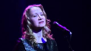 Joan Osborne-Brokedown Palace 3-22-13 Newton Theatre, NJ
