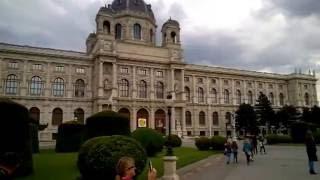ВЕЛИКОЛЕПНАЯ ВЕНА  Vienna tourist tour или КАК КРУТО ОТДОХНУТЬ В ЕВРОПЕ(Во время моего визита в Вену я снял несколько видео моих экскурсий по основным достопримечательностям..., 2016-05-26T19:32:49.000Z)