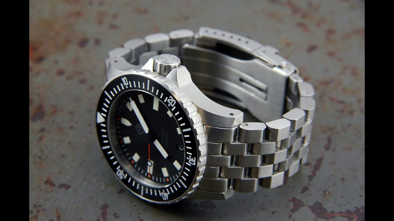 Best Automatic Watches >> Helm Vanuatu Watch In Depth Review Best Bang for your Buck ...