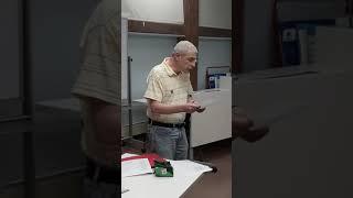 20191002 Юрик Бунчик читает свои стихи Клуб «Зелёная лампа» Бруклин
