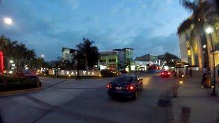 Calle Chiltiupan, La Gran Via y Zona Rosa. San Salvador EL SALVADOR