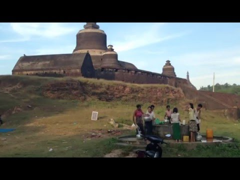 Mrauk U Sunset With Locals | Myanmar | Rakhine State