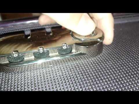 Как взломать кодовый замок на чемодане?