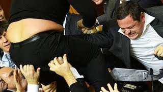 Mass fight between MPs breaks out in Ukraine