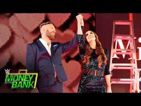 Mike & Maria Kanellis arrive with the