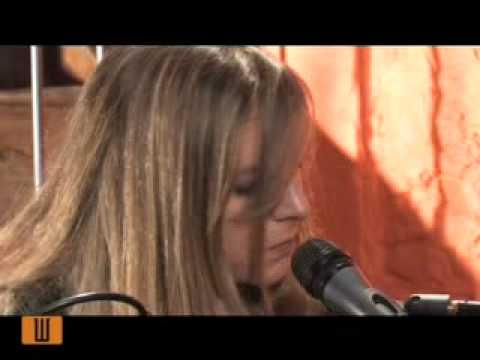 Bikimel - La roca del rei (VilaWeb Música)