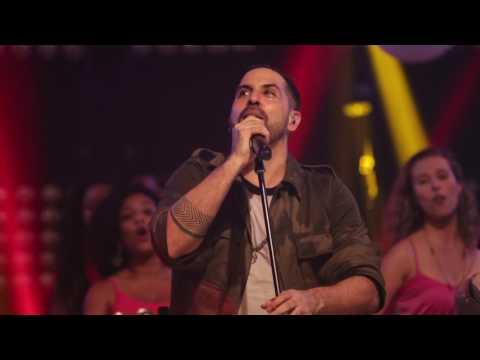 20 - INIMIGOS DA HP :: Toca um samba aí - feat. Glamour da Batucada (DVD Revivendo Emoções)