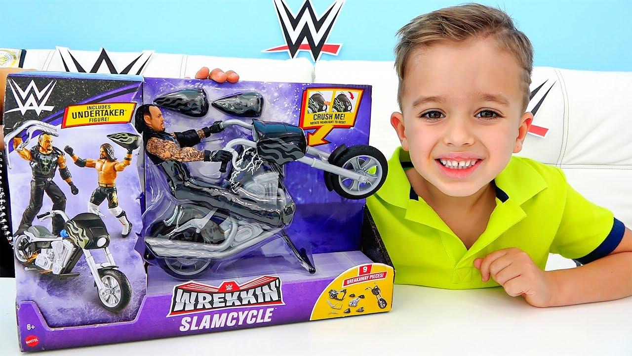 فلاد يريد دراجة رائعة مثل والده
