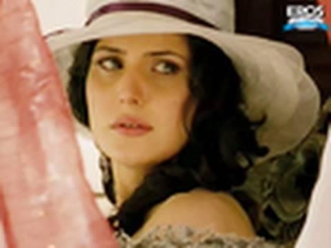 Zarine Khan Is Gorgeous | Veer