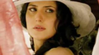Zarine Khan is gorgeous yet sultry | Veer thumbnail