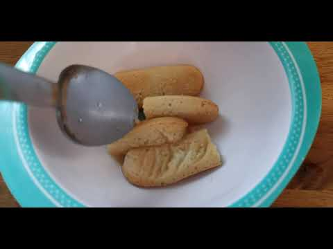 compote-poire-et-biscuits-babybio-pour-bébé-/-baby-pear-puree-with-biscuits