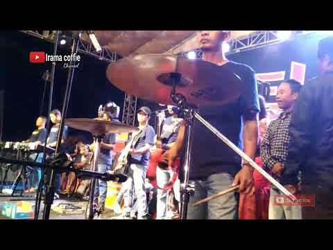 Lilin Herlina Hujan Saweran Wow. Om Adella Seujung Kuku Live Bangkalan Madura