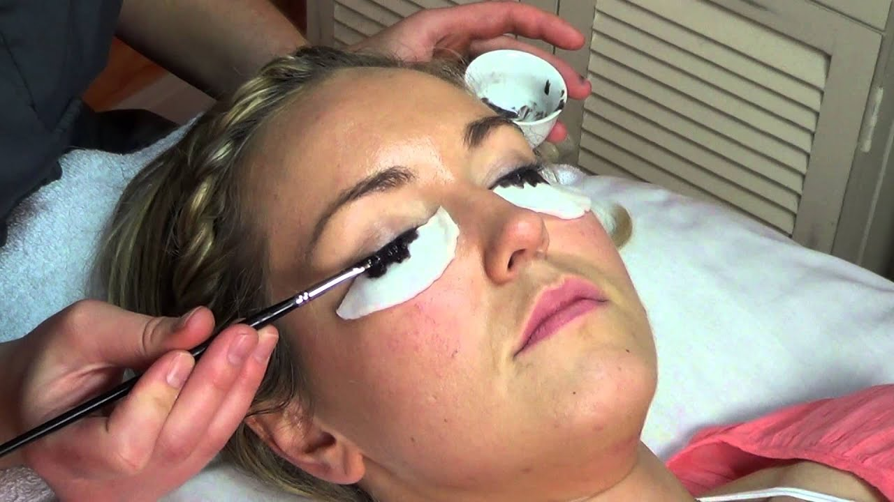 How To Eyelash Tinting Youtube