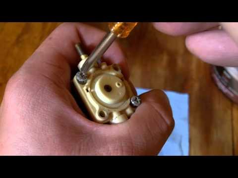 Mantis Tiller Carburetor Rebuild Part 1 of 3