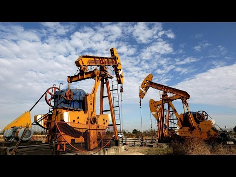 China launches crude oil futures trading