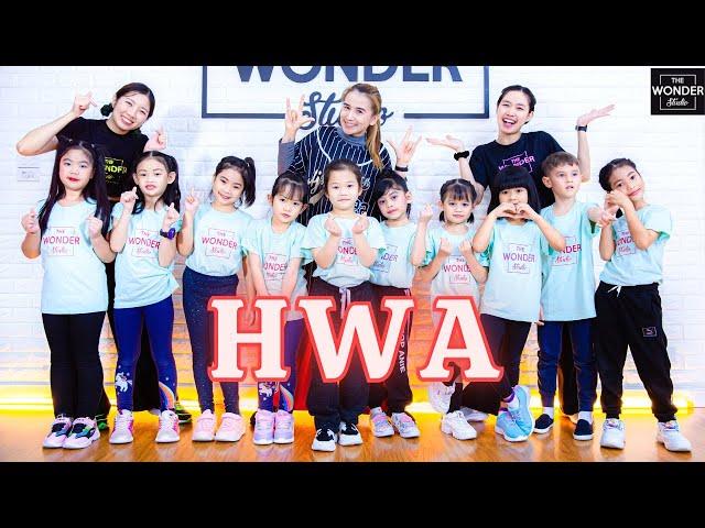 CL +HWA+ | Dance Video by TheWonderStudio