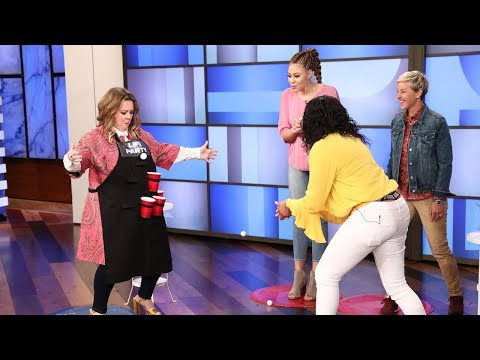 Melissa McCarthy Plays Beer Pong With Deserving Mother/Daughter Duo