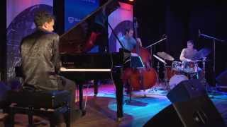 """KYLE SHEPHERD TRIO 'LIVE' - """"FLYING WITHOUT LEAVING THE GROUND"""" HD 1080p"""