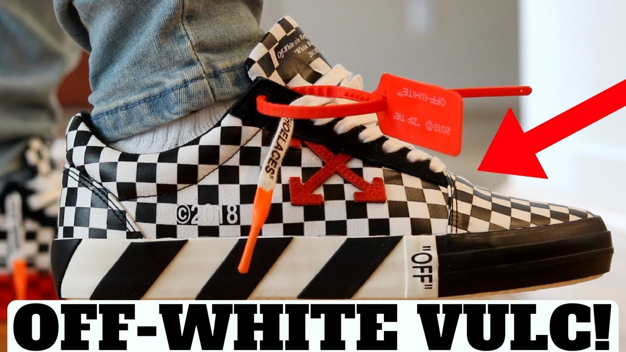 OFF-WHITE BLACK   WHITE CHECK VULC LOW REVIEW! (Compared to Vans Old Skool) 2138cac00