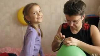 видео Опасен ли гелий в воздушных шарах?