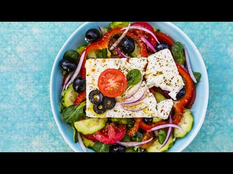 How To Make Traditional Greek Salad