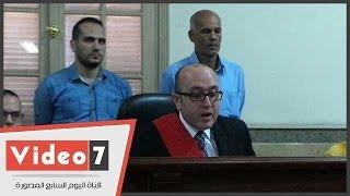 بالفيديو.. جنح قصر النيل تقضى ببراءة 22 من متظاهرى