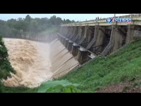 Heavy rains in khammam district- Express TV