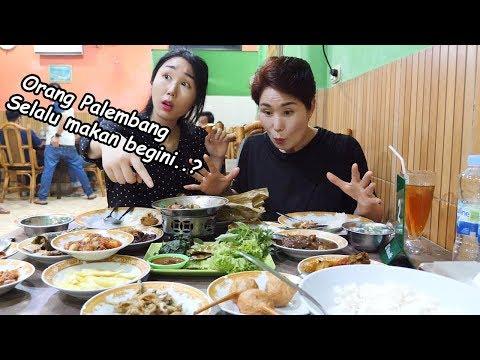 Aku iri banget sama orang Palembang karena makanan ini..!