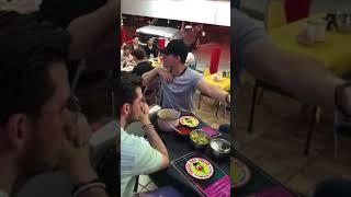 Ya Me Entere - Chayin Rubio cantando en una taqueria (impresionante)