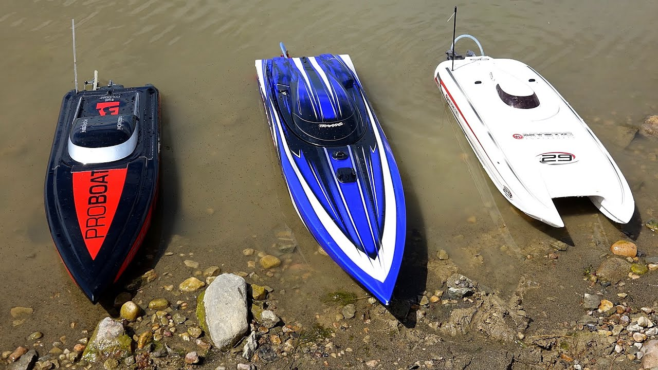 RC ADVENTURES - 3 Speed Boats & Full Scale Recovery ...