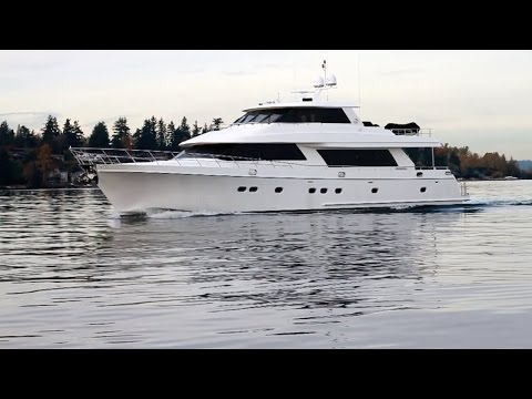 2010 Ocean Alexander 88' Skylounge Motor Yacht.  For sale in Seattle SOLD